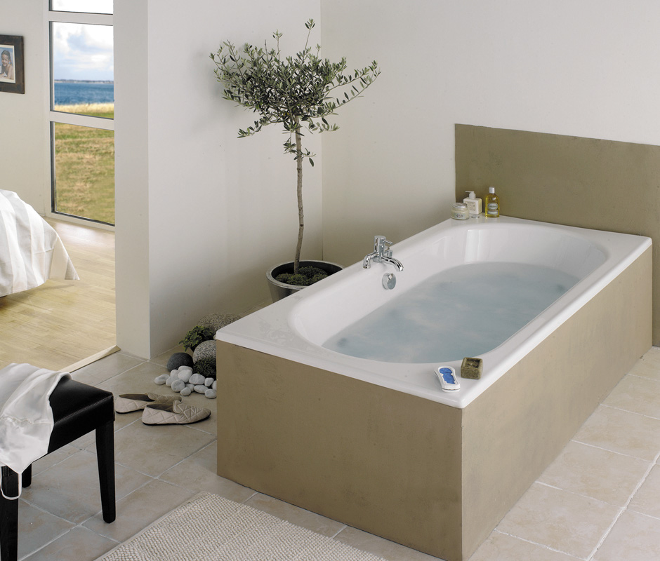 baignoire aquarine quadra elegant finest baignoire balneo. Black Bedroom Furniture Sets. Home Design Ideas